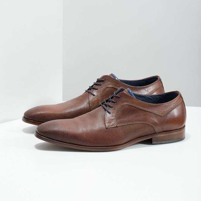 Skórzane półbuty męskie zfakturą bata, brązowy, 826-3825 - 26