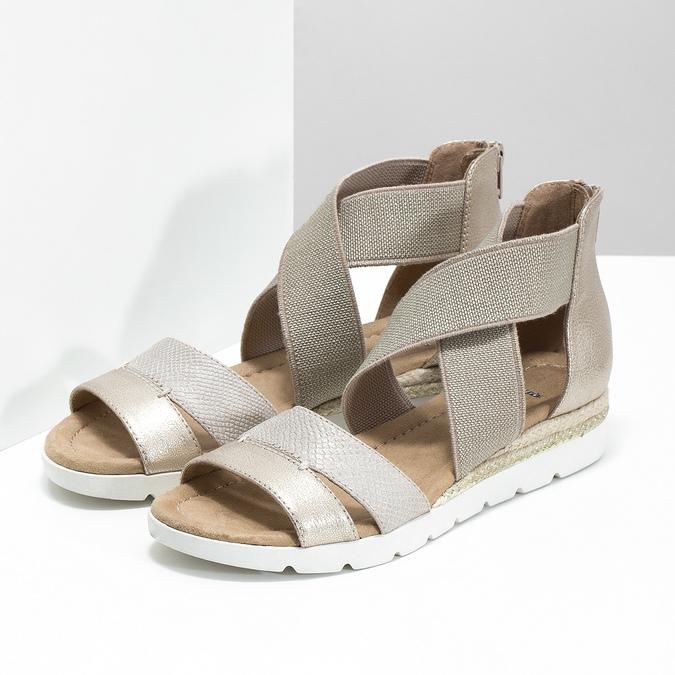 Złote sandały damskie na koturnach bata, beżowy, 569-8608 - 26