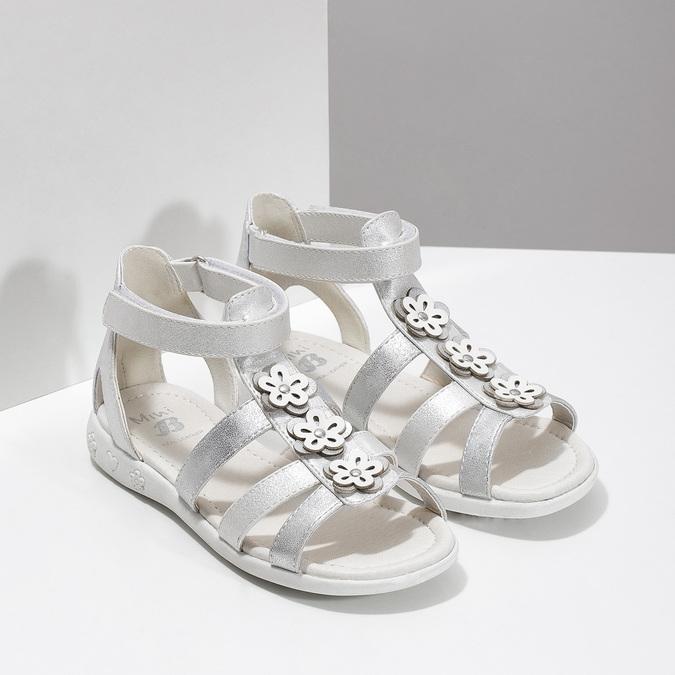 Srebrne sandały dziewczęce zkwiatkami mini-b, srebrny, 261-1614 - 26