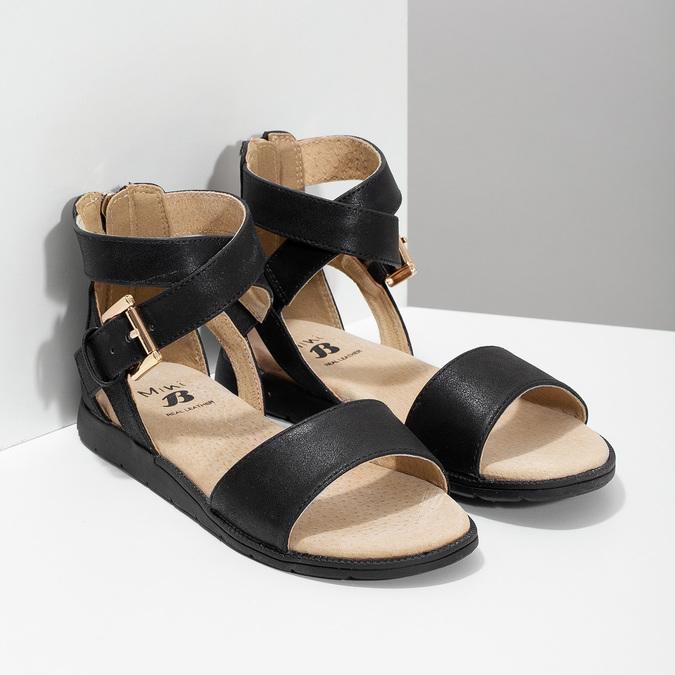 Czarne sandały damskie ze złotymi klamrami mini-b, czarny, 361-6606 - 26